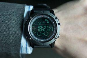 elite tact watch comprar